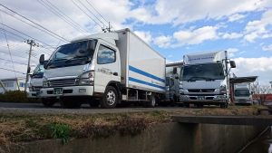 トラックたち